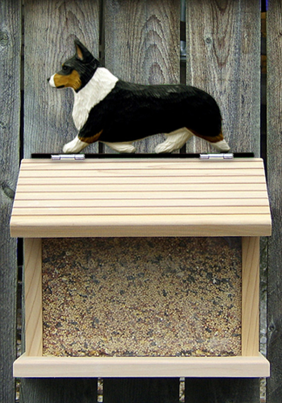 Welsh Corgi Pembroke Hand Painted Dog Bird Feeder Tri