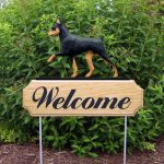 Mini Pinscher Outdoor Yard Welcome Sign Black/Tan