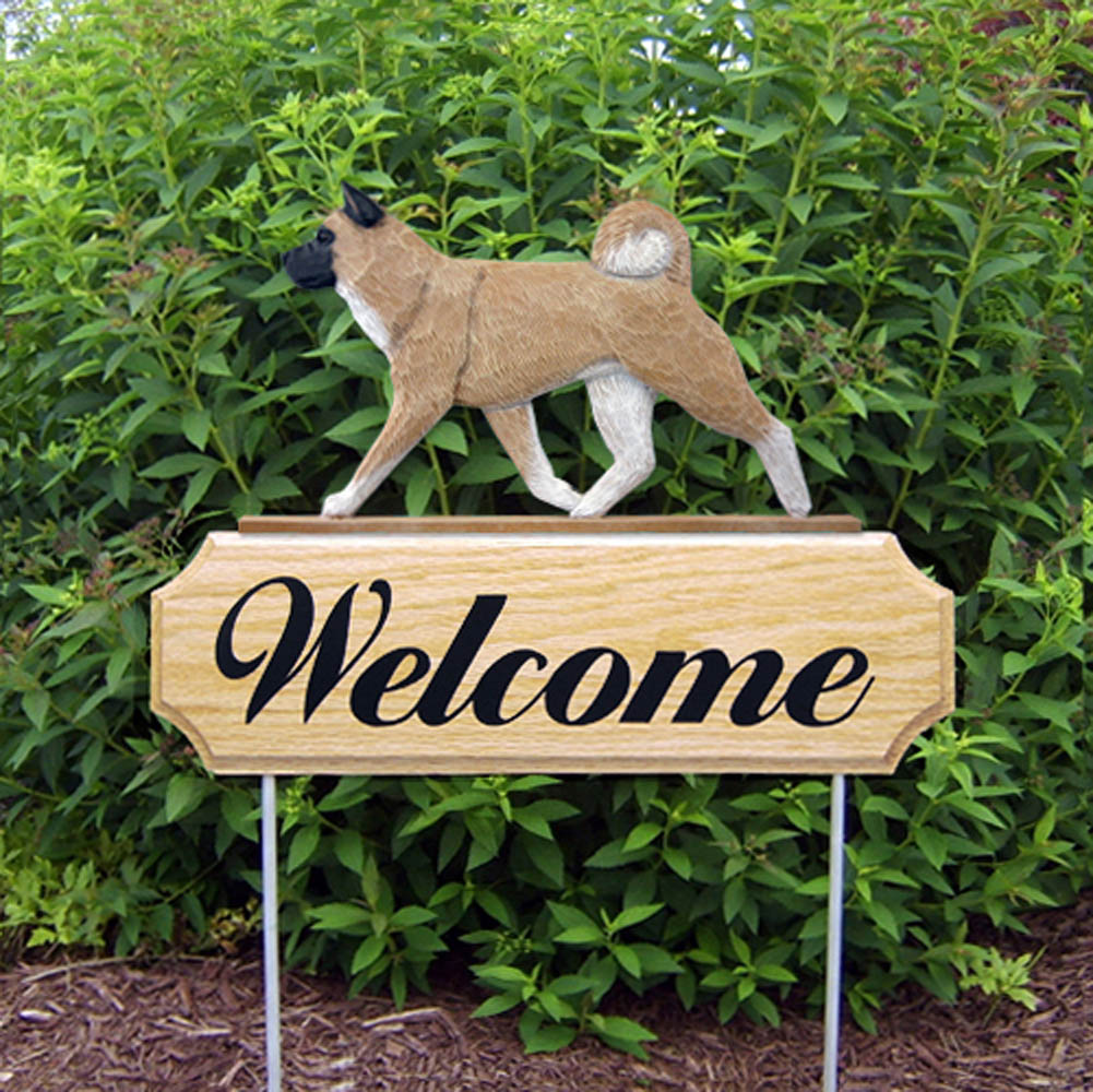 Akita Outdoor Welcome Yard Sign Fawn in Color