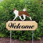 Akita Ourdoor Welcome Yard Sign Red & White in Color