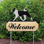 Akita Outdoor Welcome Yard Sign Black & White
