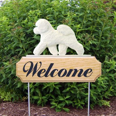 bichon-frise-welcome-sign