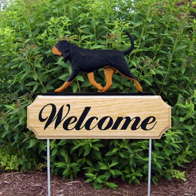 Bloodhound Outdoor Welcome Yard Sign Black & Brown in Color