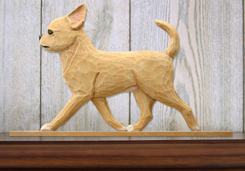chihuahua-figurine-plaque-fawn