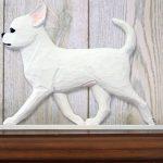 chihuahua-figurine-plaque-white