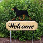 Coonhound Outdoor Welcome Yard Sign Black & Tan in Color