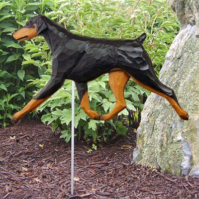 doberman-pinscher-garden-sign-black-tan-uncropped