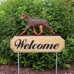 doberman-pinscher-welcome-sign-red-tan-uncropped