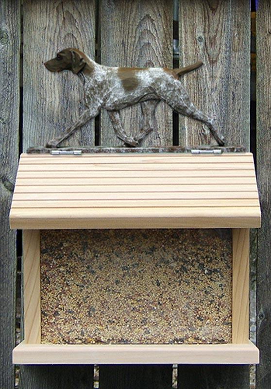 german-shorthair-pointer-bird-feeder