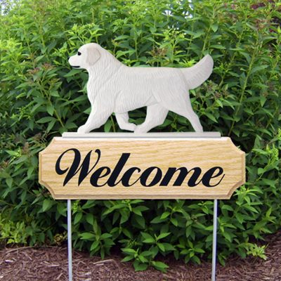 Golden Retriever Welcome Sign White