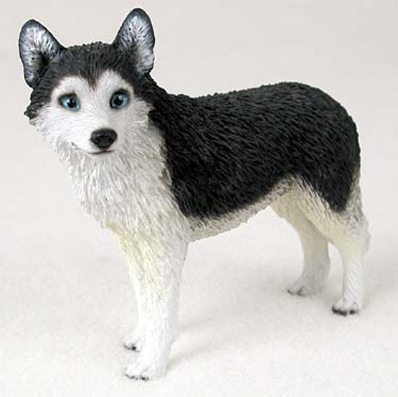 husky_black_white_blue_eye_medium_dog_figurine