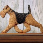 Airedale-Dog-Figurine-Sign-Plaque-Display-Wall-Decoration-400721979624