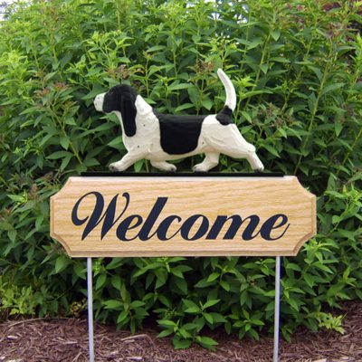 Basset-Hound-Dog-Breed-Oak-Wood-Welcome-Outdoor-Yard-Sign-BlackWhite-400706782429