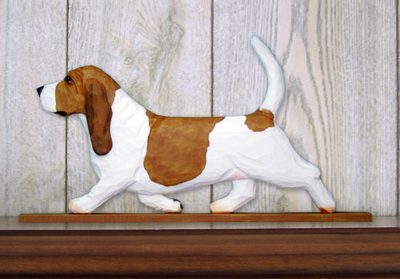 Basset-Hound-Dog-Figurine-Sign-Plaque-Display-Wall-Decoration-RedWhite-400721984199