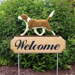 Beagle-Dog-Breed-Oak-Wood-Welcome-Outdoor-Yard-Sign-RedWhite-400706783464