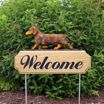 Dachshund-Smooth-Dog-Breed-Oak-Wood-Welcome-Outdoor-Yard-Sign-Red-Dapple-181404174793
