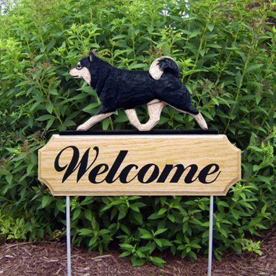 Shiba Inu Outdoor Welcome Garden Sign Black & Tan in Color