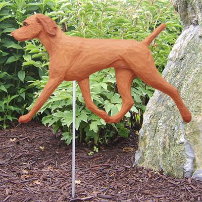vizsla-figurine-garden-sign
