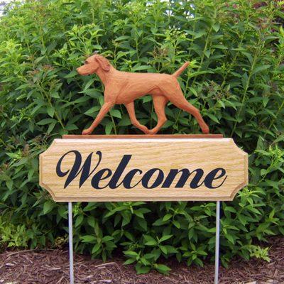 vizsla-outdoor-welcome-sign