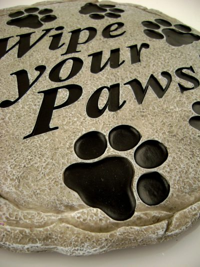 Wipe Your Paws Stepping Stone